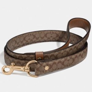 BNWT Authentic Coach Leash with box and tags